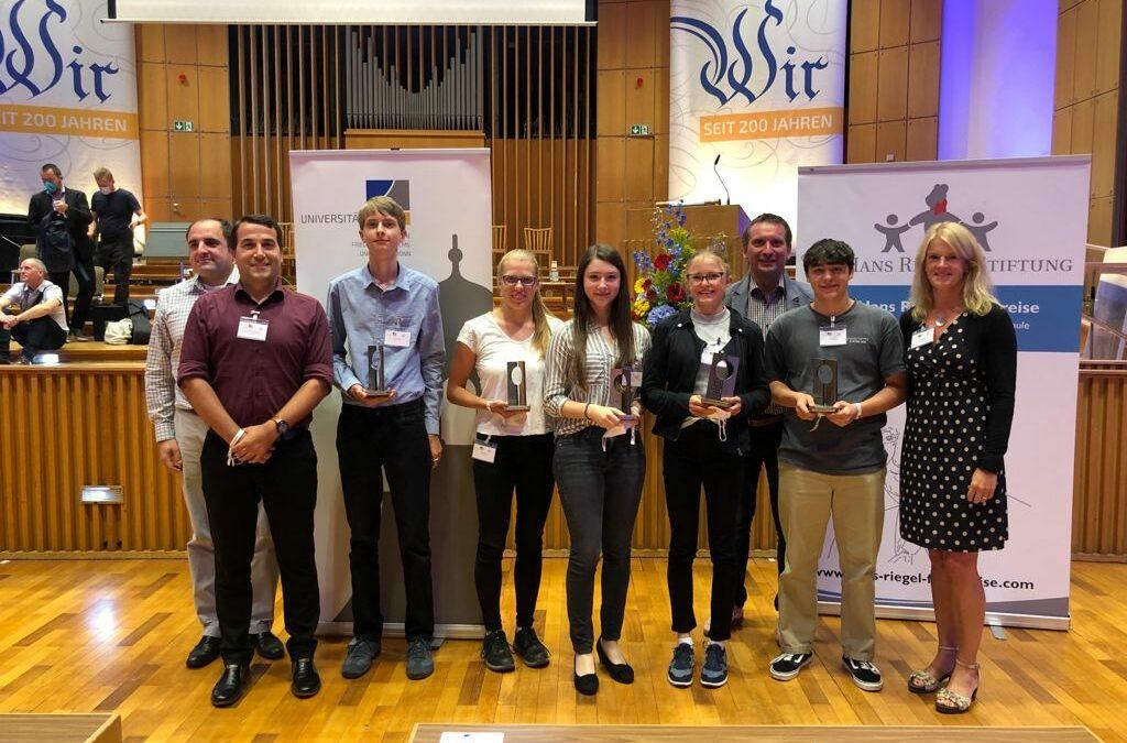 EMA-Schülerinnen und Schüler sehr erfolgreich bei den Dr.-Hans-Riegel-Fachpreisen